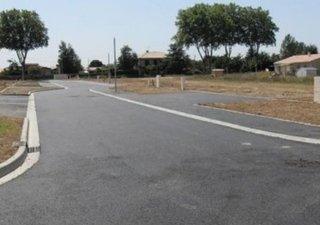 Maison à construire à Saint-Gély-du-Fesc (34980) Beau terrain à 10 mn de Montpellier! Renseignements au 04.67.47.08.76Terrain proposé par un partenair [...]