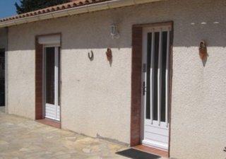 LOUPIAN  Sympathique Villa de plain pied, dans un quartier calme et recherché, séjour avec cuisine o [...]