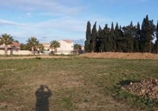 Terrain à bâtir à Pia (66380) plien centre du village execptionnel proche de toutes commodités a voir d urgenceen 3 facetel : eric RENAULT 0621568293