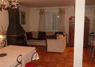 Maisons / Villas 105m� � LES ANGLES (30133)