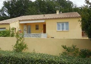 Maisons / Villas 140m� � VERS PONT DU GARD (30210)