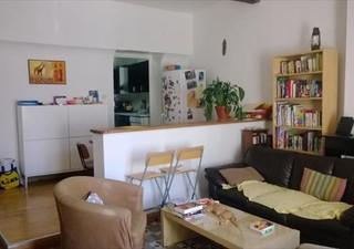 GIGNAC ANIANE : Agéable maison de village rénovée et lumineuse en R+2 de 110m² habitable environ, pi [...]