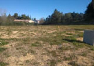 LUNEL, PROVIBAT vous propose une parcelle de terrain afin de réaliser votre prochaine villa. Pour pl [...]